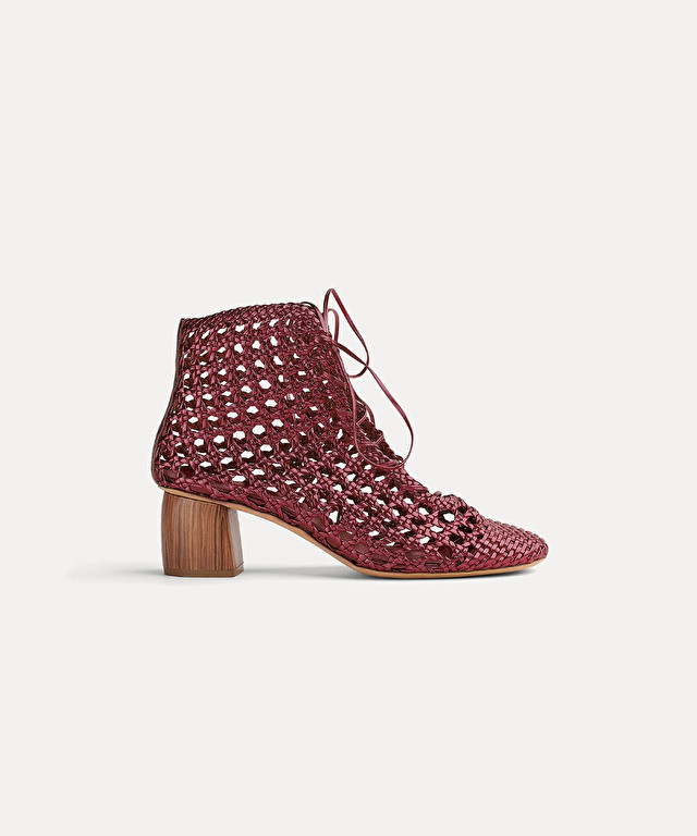 ankle boot in braided leather