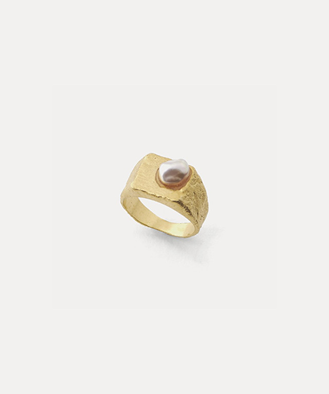 sculptural ring with pearl embellishment