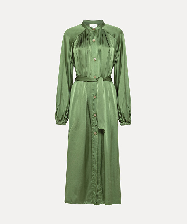 shirtdress in silk satin with sash waist
